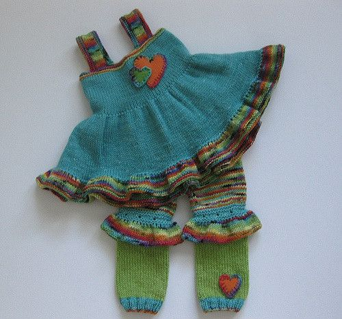 Ravelry: Project Gallery for Convertible Baby Bloomers pattern by Carina Spencer