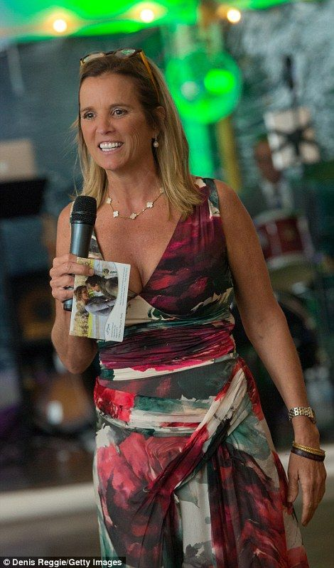 Kerry Kennedy gave a toast to her brother Bobby Jr. and his new wife Cheryl Hines. It was her brother Bobby who stood by her during her drunk-driving court case in March 2014.