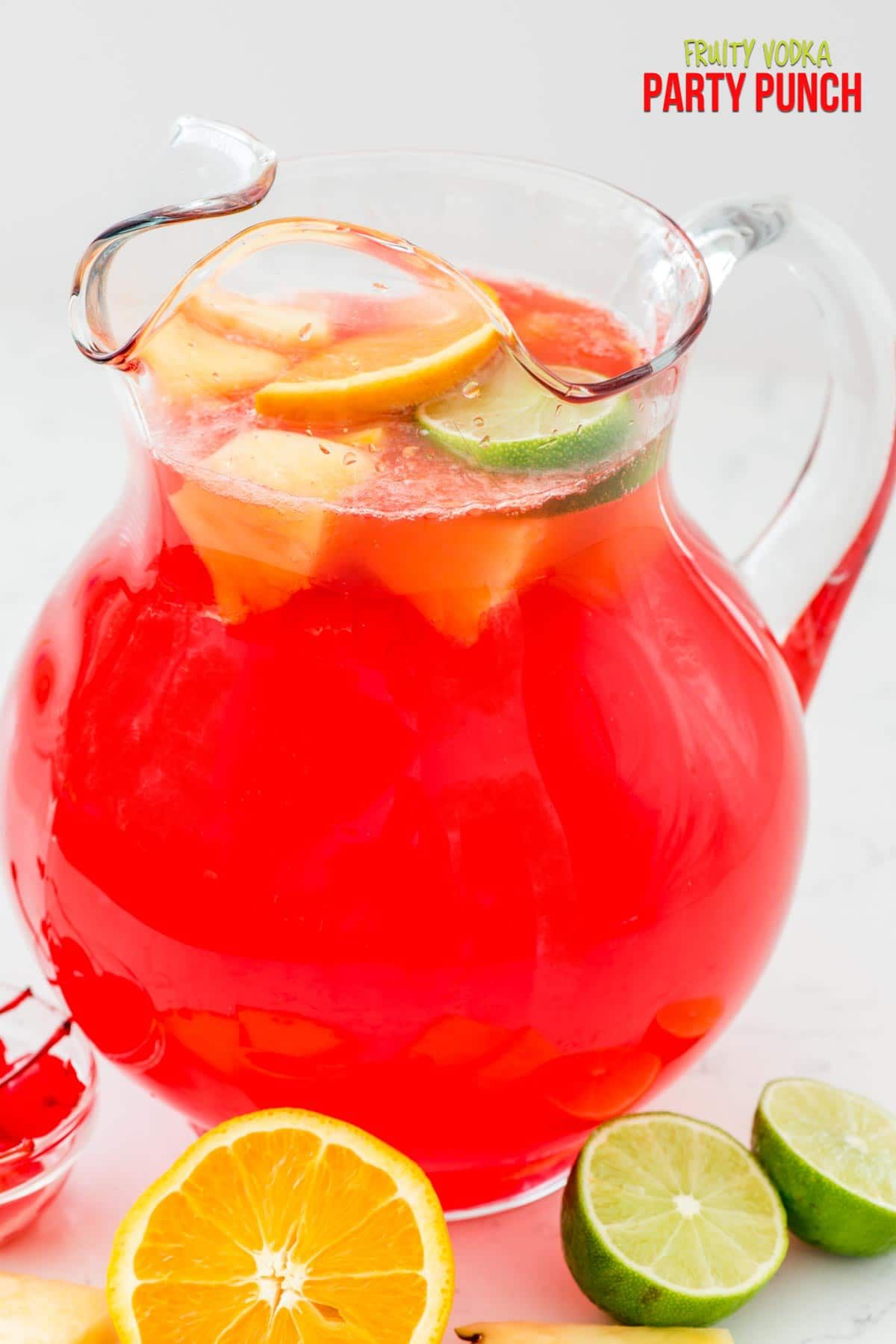 Fruity Vodka Party Punch | Rezept | beverages | Pinterest