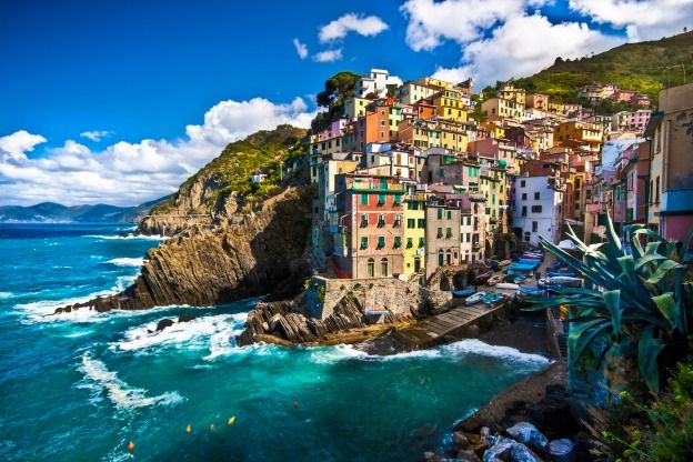 Cinque Terre park authorities plan to introduce measures to protect the environment and local residents from mass tourism.