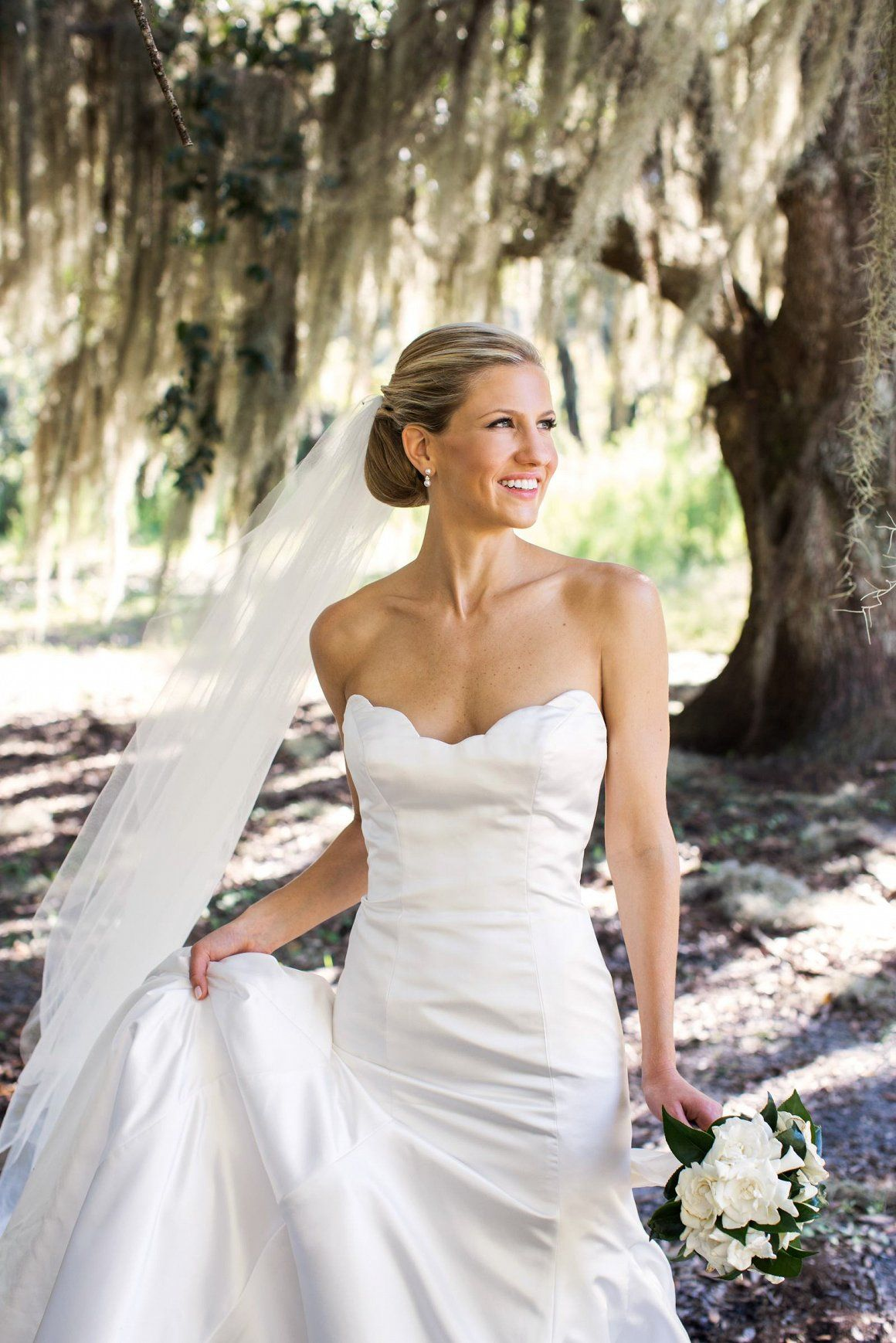 Southern beauty everywhere at this Cabin Bluff wedding in