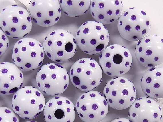 14mm carved polka dot round, grape purple and white, vintage lucite beads, 16 pieces (VLB-149)