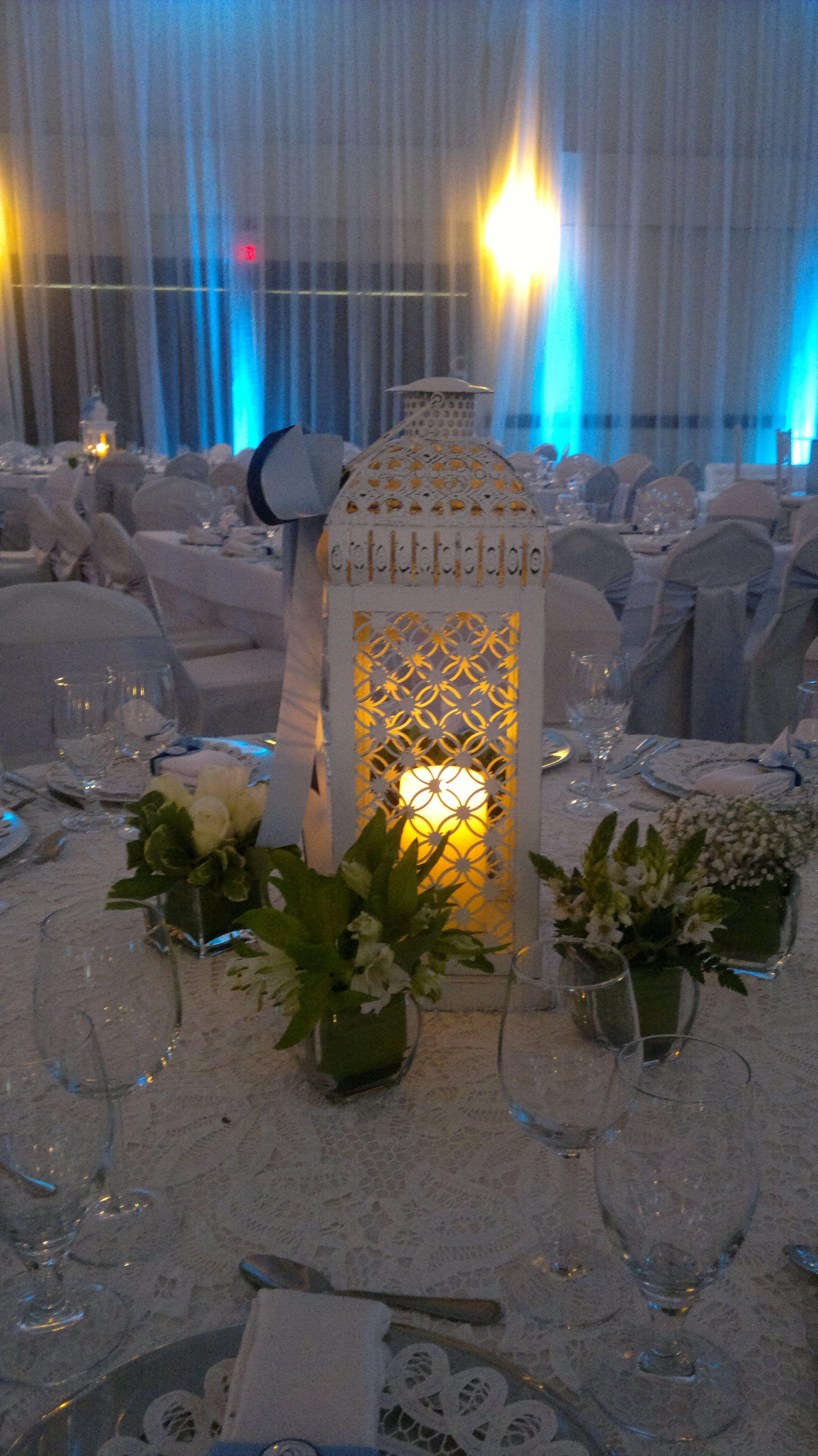 Bautizos centros de mesa para bautizo faroles con velas - Decoracion de centros de mesa ...
