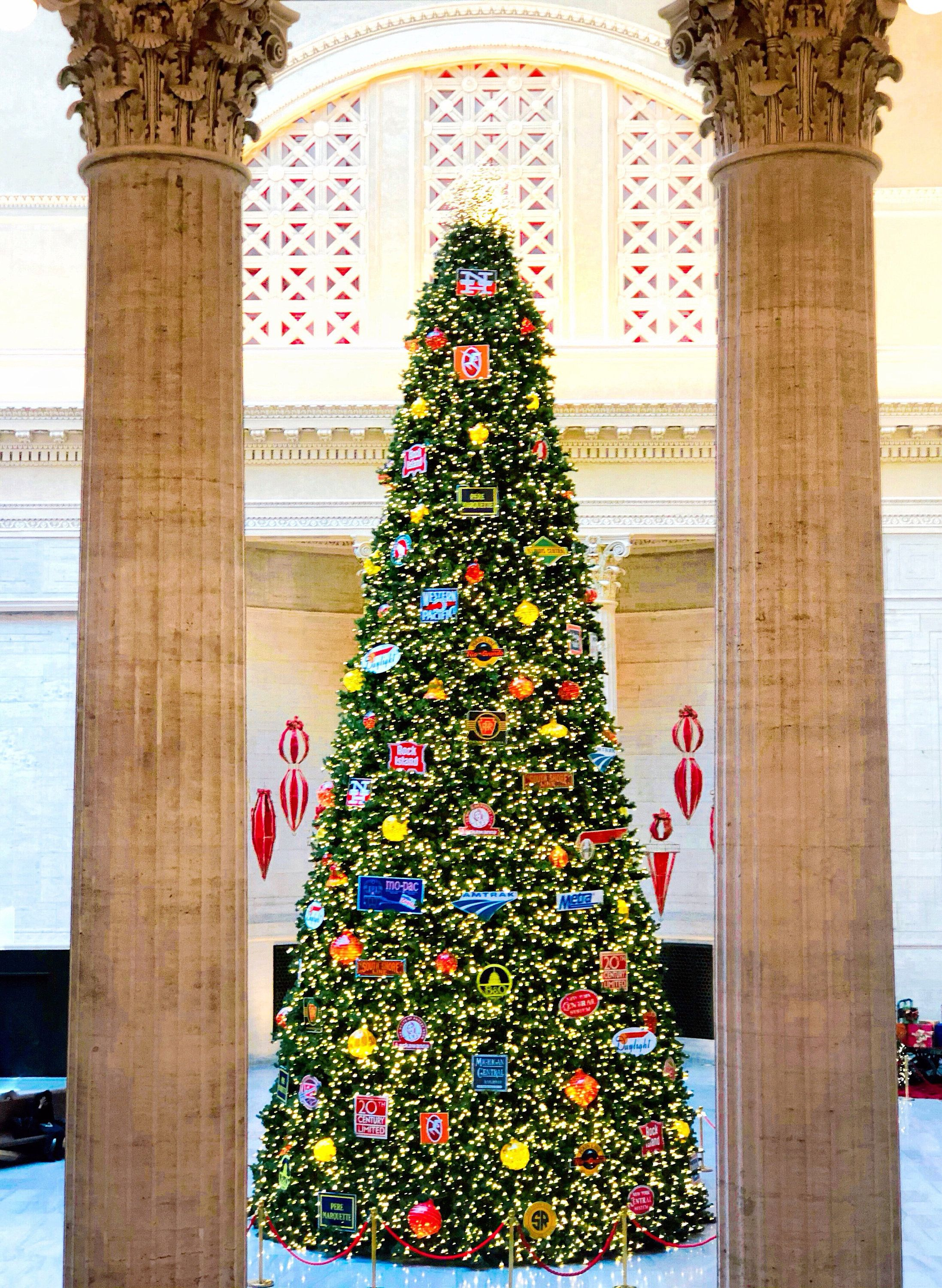 Union Station Christmas 2020 Chicago, Union Station, Christmas Tree, Chicago Photography, City