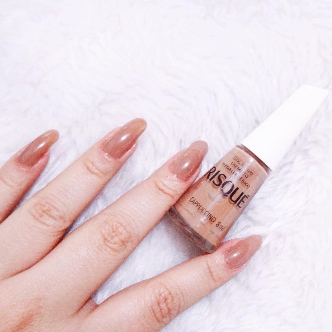 Capuccino da Risqué 😘✨💅🏻 @risqueoficial #risque @nude #nudenails #unhasnude #pretty #beauty #nail #nails #unha #unhas #beleza #esmalte #nailpolish #blogger #carolinebeltrame.com.br #blog #beautyblogger #bblogger #blogueirassaopaulo #blogueirasbrasil #influencersbrasil #osasco #saopaulo #brasil #moda #fashion . . . . . . www.carolinebeltrame.com.br