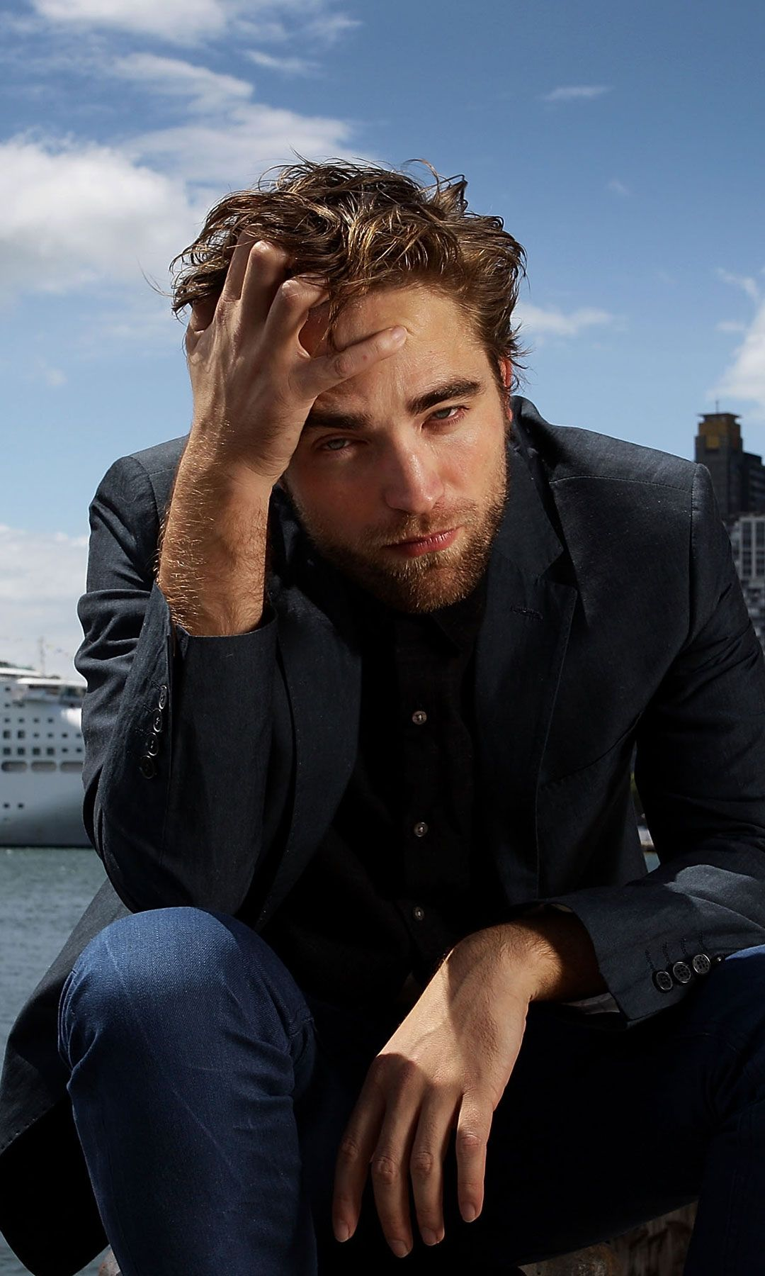 Let these hot Robert Pattinson GIFs make your day a little brighter.