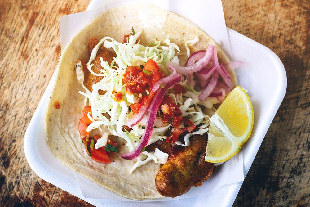 Tacos de Pescado El Fenix en Ensenada 4397c044589fe