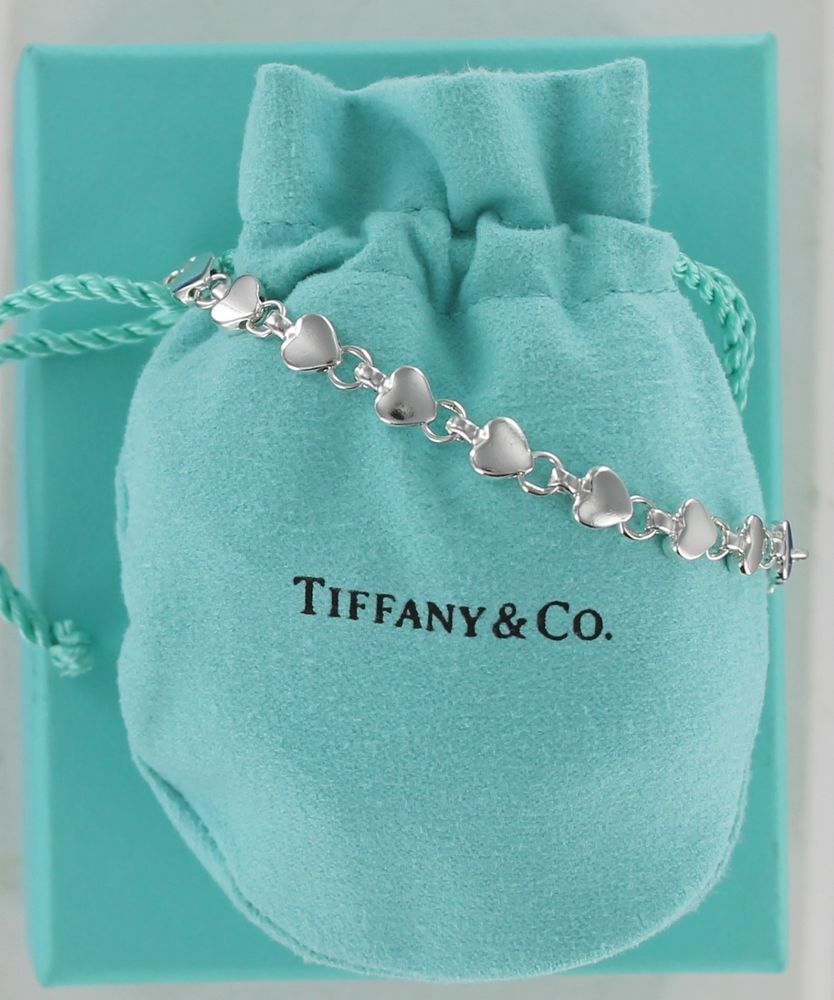 f84acfeaf2b6c Rare Retired TIFFANY & Co. Silver Continuous Chain of Hearts Link ...