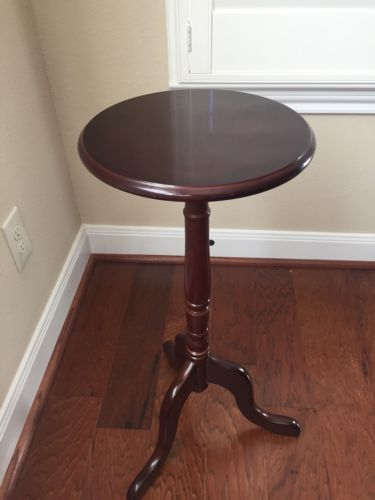Bombay Company Wood Accent Table Plant Stand Cherry / Mahogany 28 Tall $60
