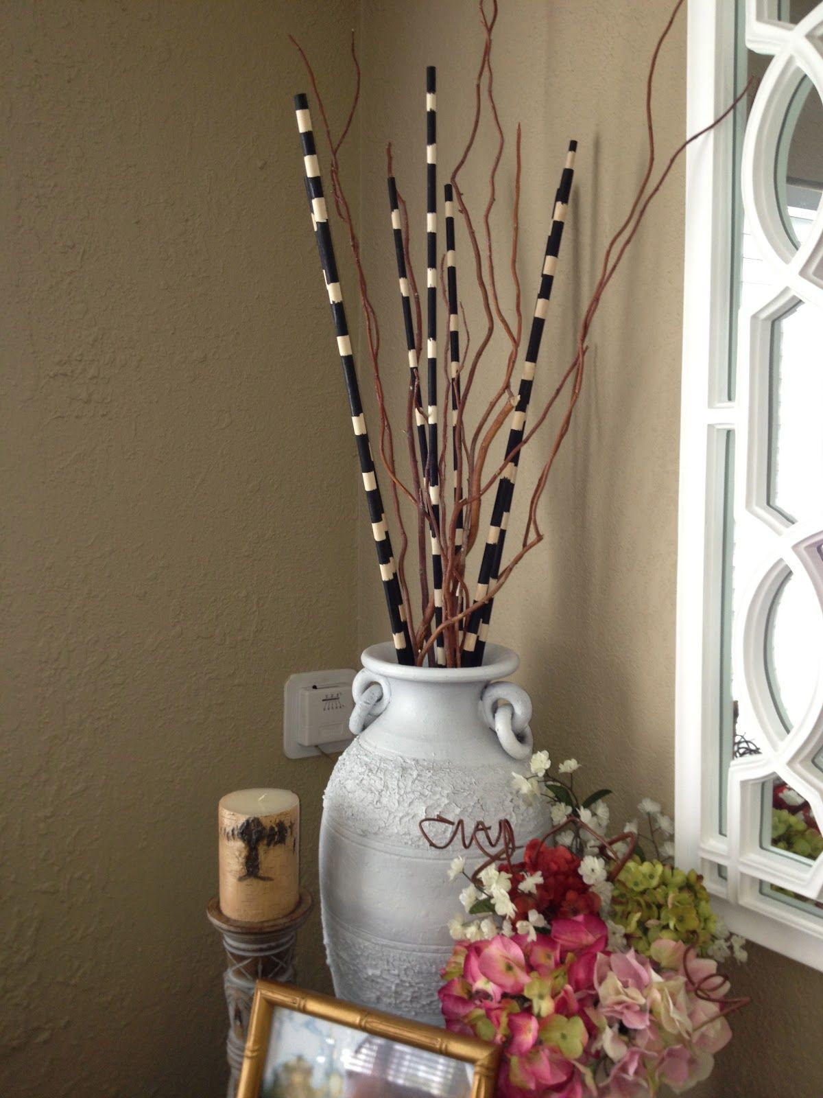 Black And White Decorative Sticks Lets Get Those Turkish Vases