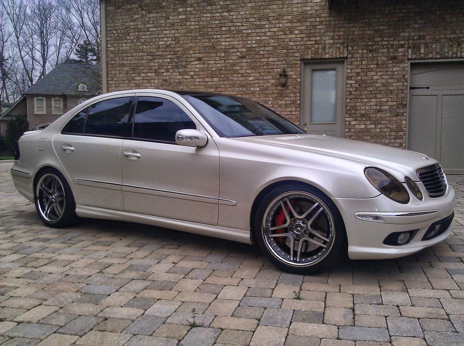 mercedes benz w211 e55 amg on autobahn wheels mercedes. Black Bedroom Furniture Sets. Home Design Ideas