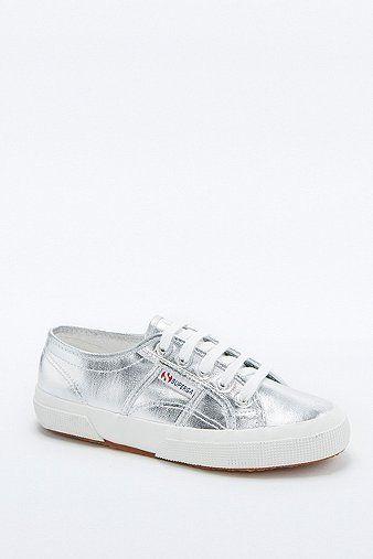 87b5b859f60a4d Pin von Elisabeth xo May auf Coole Sneakers für Damen bis 100 Euro ...