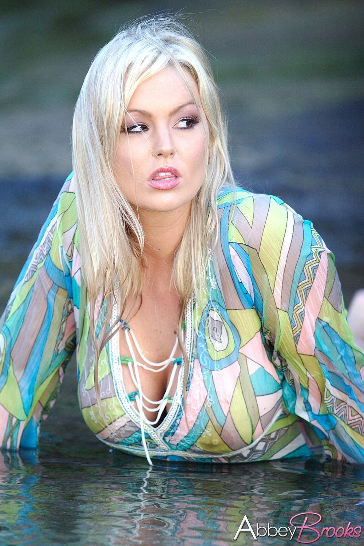 Abbey Brooks Nude Photos 34