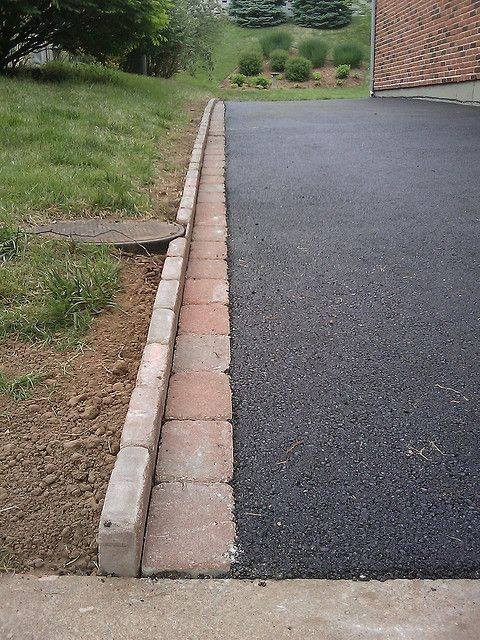 decorative edging with pavers