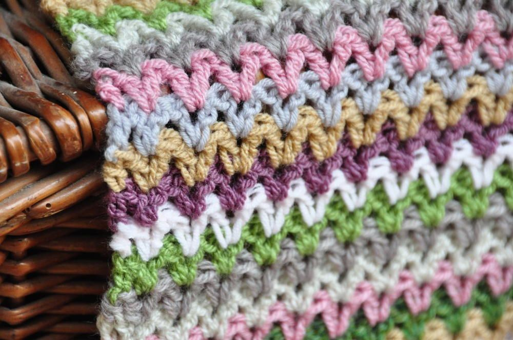 Yarn Stash V Stitch Crochet Blanket   Mantas tejidas, Dos agujas y Manta