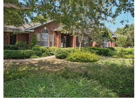 20032 Continental Dr, Lago Vista, TX  78645 - Pinned from www.coldwellbanker.com