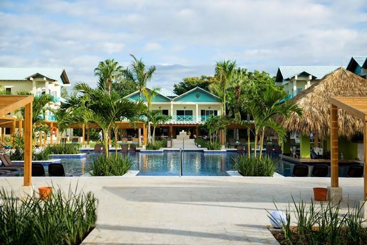 If You Re Looking For A Romantic Getaway For Two Or A Special Vacation With Friends Dreams La Romana Resort Spa Has The Perfect Option The All New Ad Romanos