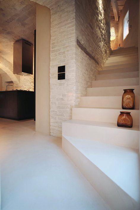Resina Bianca Pavimento.Scala E Pavimento In Resina Bianca Stairs In 2019 Stairs