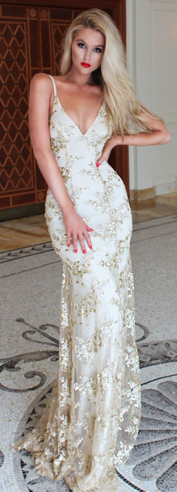 White long lace dresses spaghetti strap