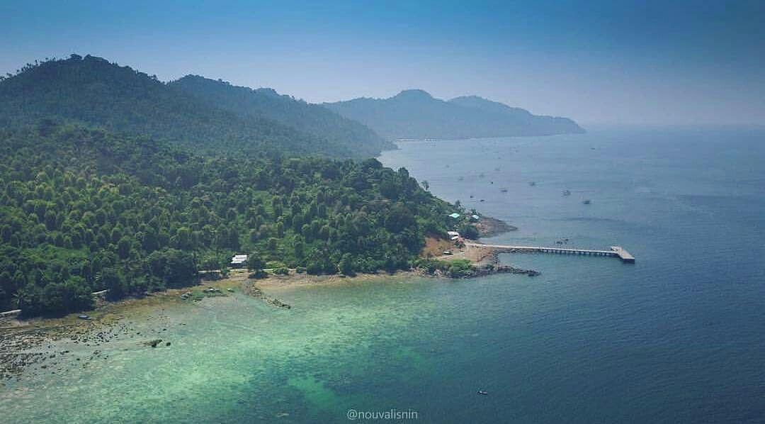 Pulau Lemukutan Adalah Sebuah Pulau Menakjubkan Yang Berada Di