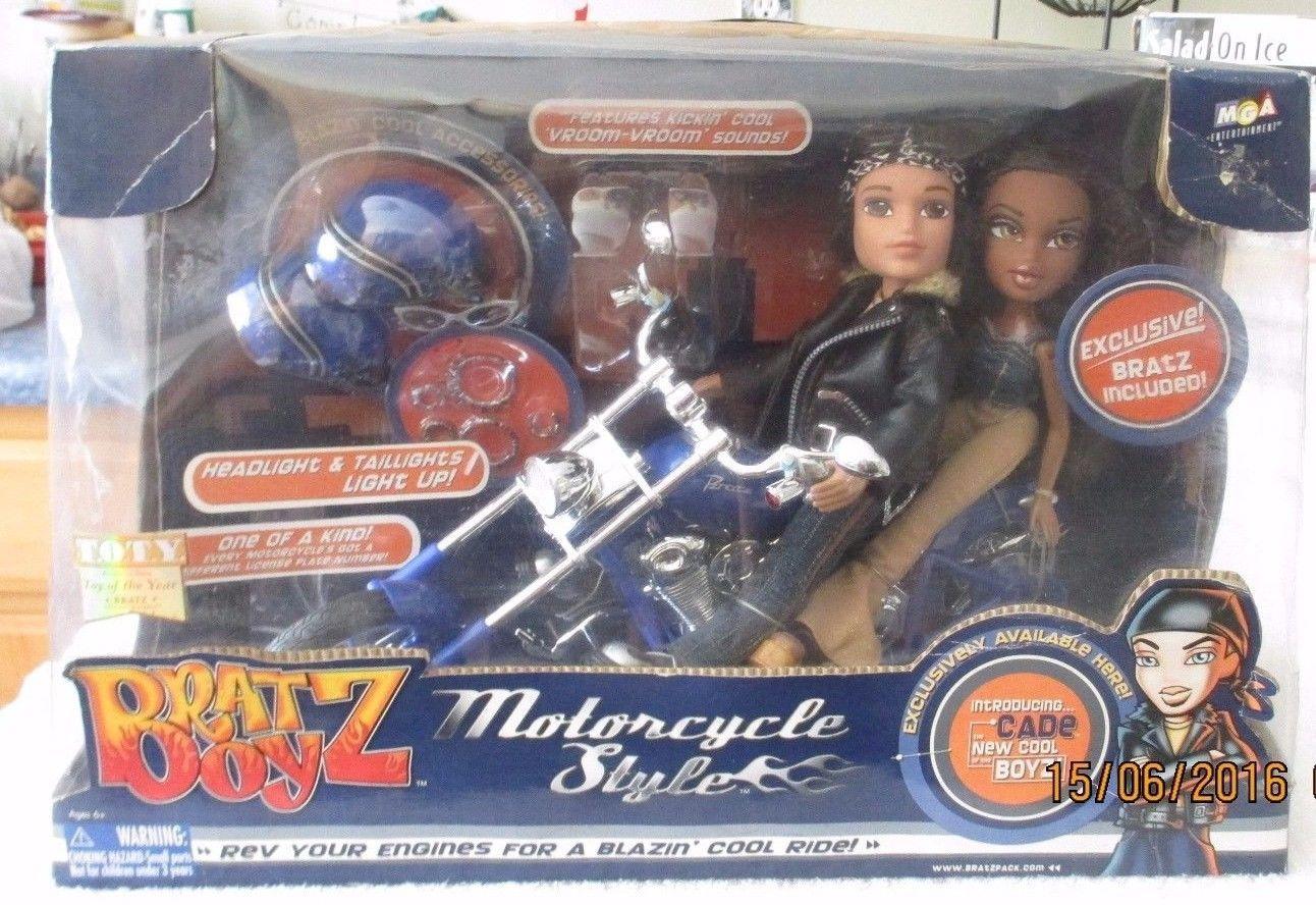 Pin By Cynthia Ferguson On Bratz Sasha Friends Mga Dolls Cade Motorcycle Style Toy Collection