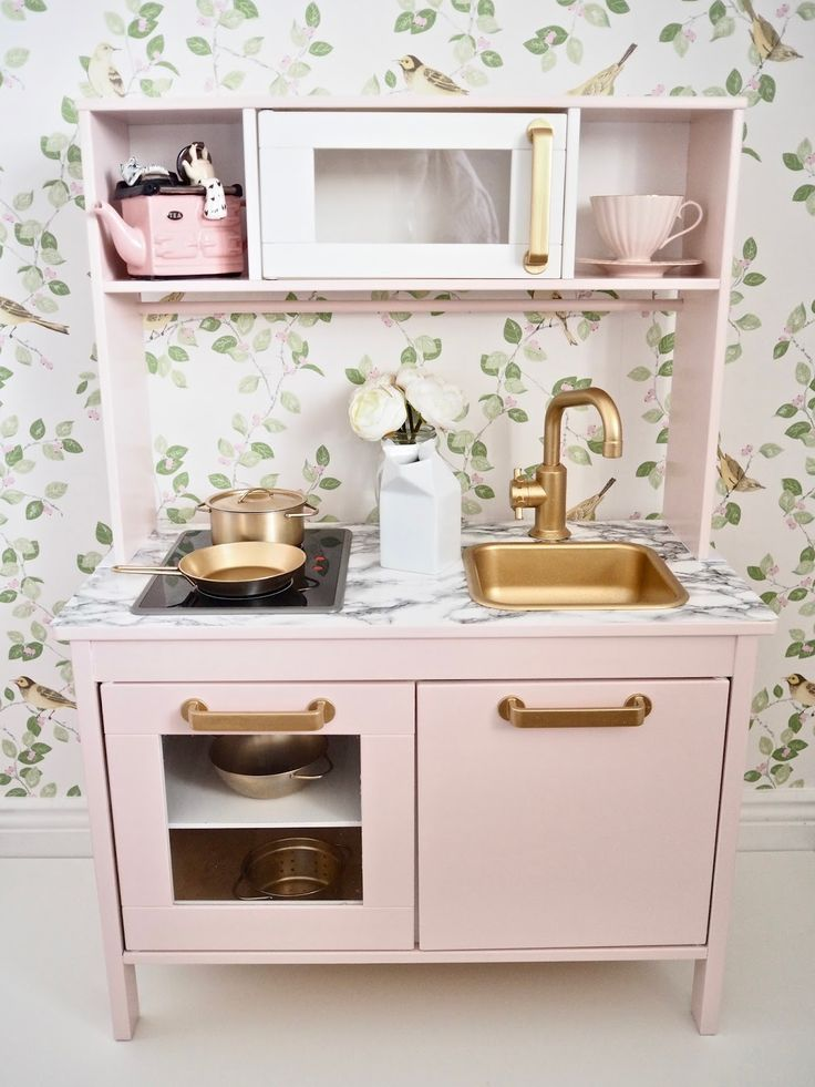 Ikea Duktig play kitchen makeover - Dainty Dress Diaries
