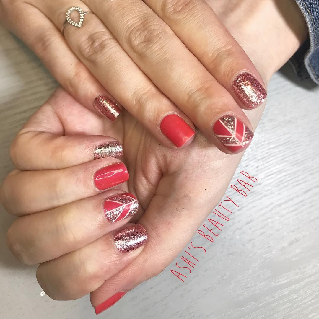 Love a bit of glitter and geometric lines . . . . . #gelpolish ...
