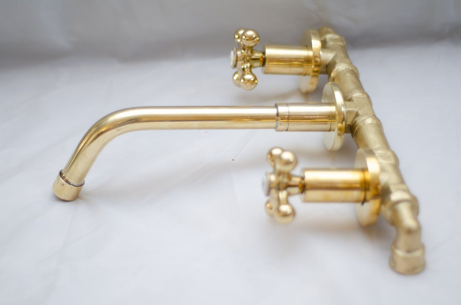 Wall Mounted Brass Faucet For Vessel Sink Bathroom Vanity Bathroom Sink In 2020 Brass Faucet Bathroom Sink Vanity Vessel Sink Bathroom Vanity