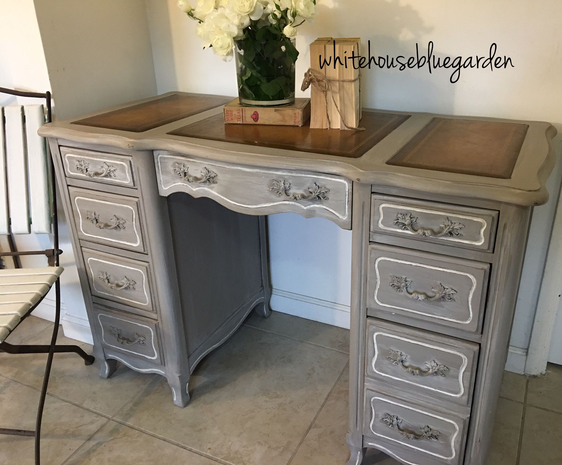 This French Style Desk With Leather Top Curves Was Painted In Prairie Chalk Paint With A White