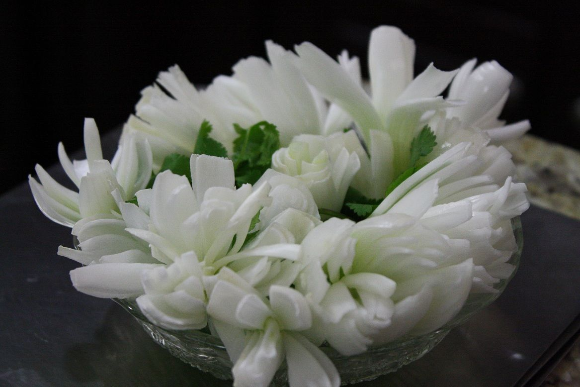 Flowers,Decor for your next party. Spring onion flowers. They look good and taste good too!
