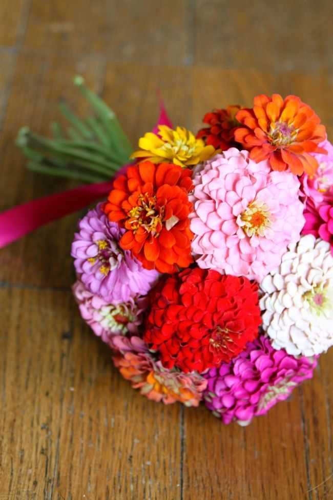 Summer Bouquets | Zinnia wedding bouquet, Zinnia bouquet, Zinnia flowers