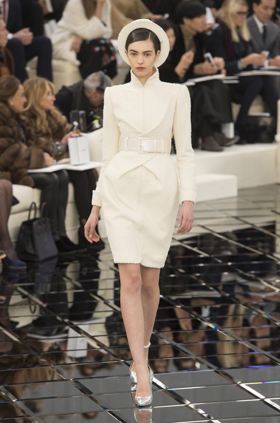 Bien connu Chanel, Dior, Elie Saab Les plus belles robes couture printemps  ZV28