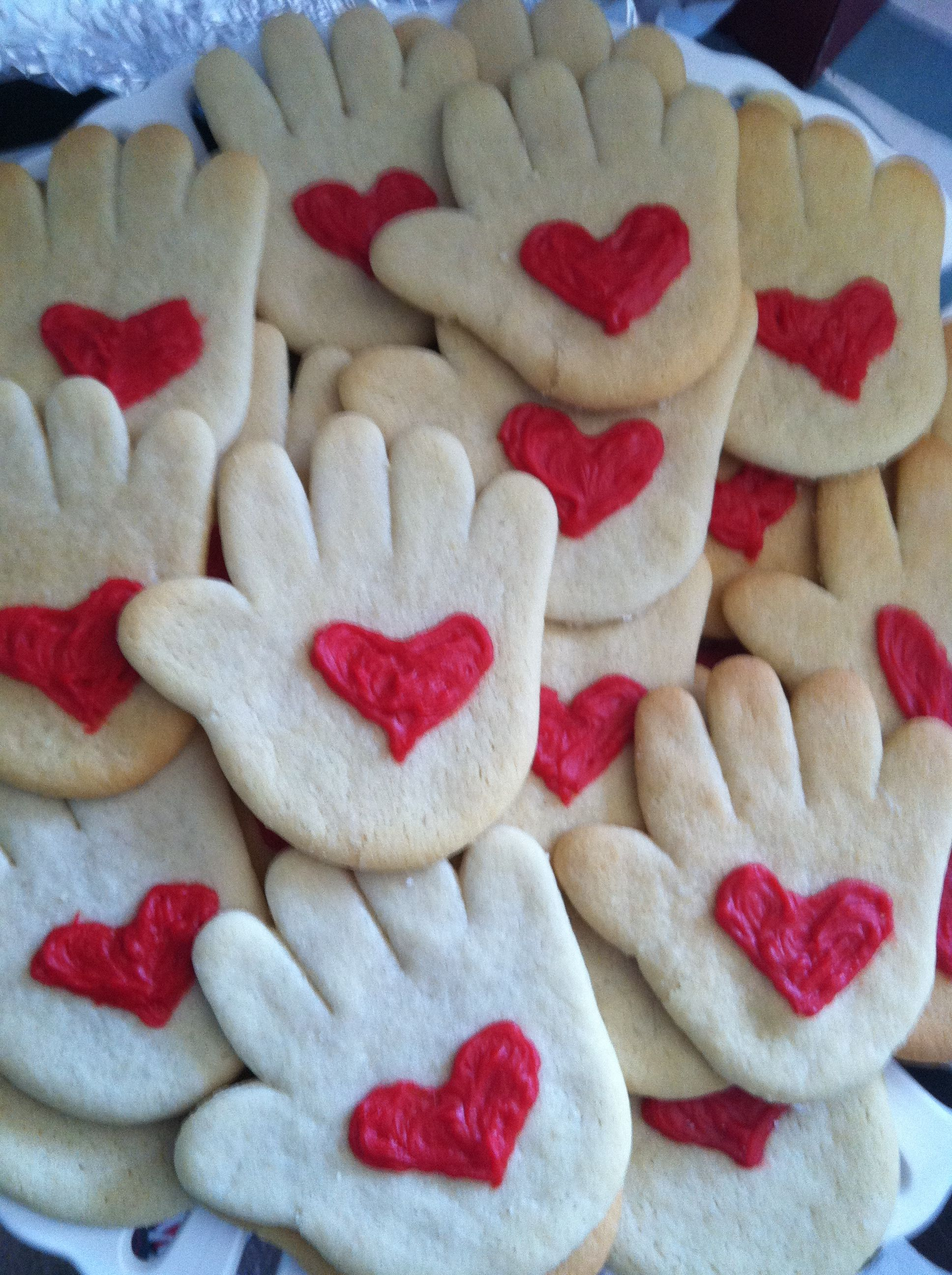 Kissing Hand Cookies To Go Along With The Book Super Cute For The