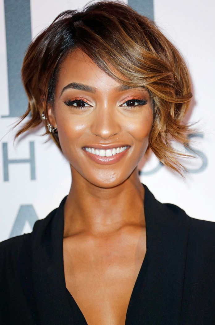 The Most Flattering Haircuts For Oval Face Shapes Hair Pinterest
