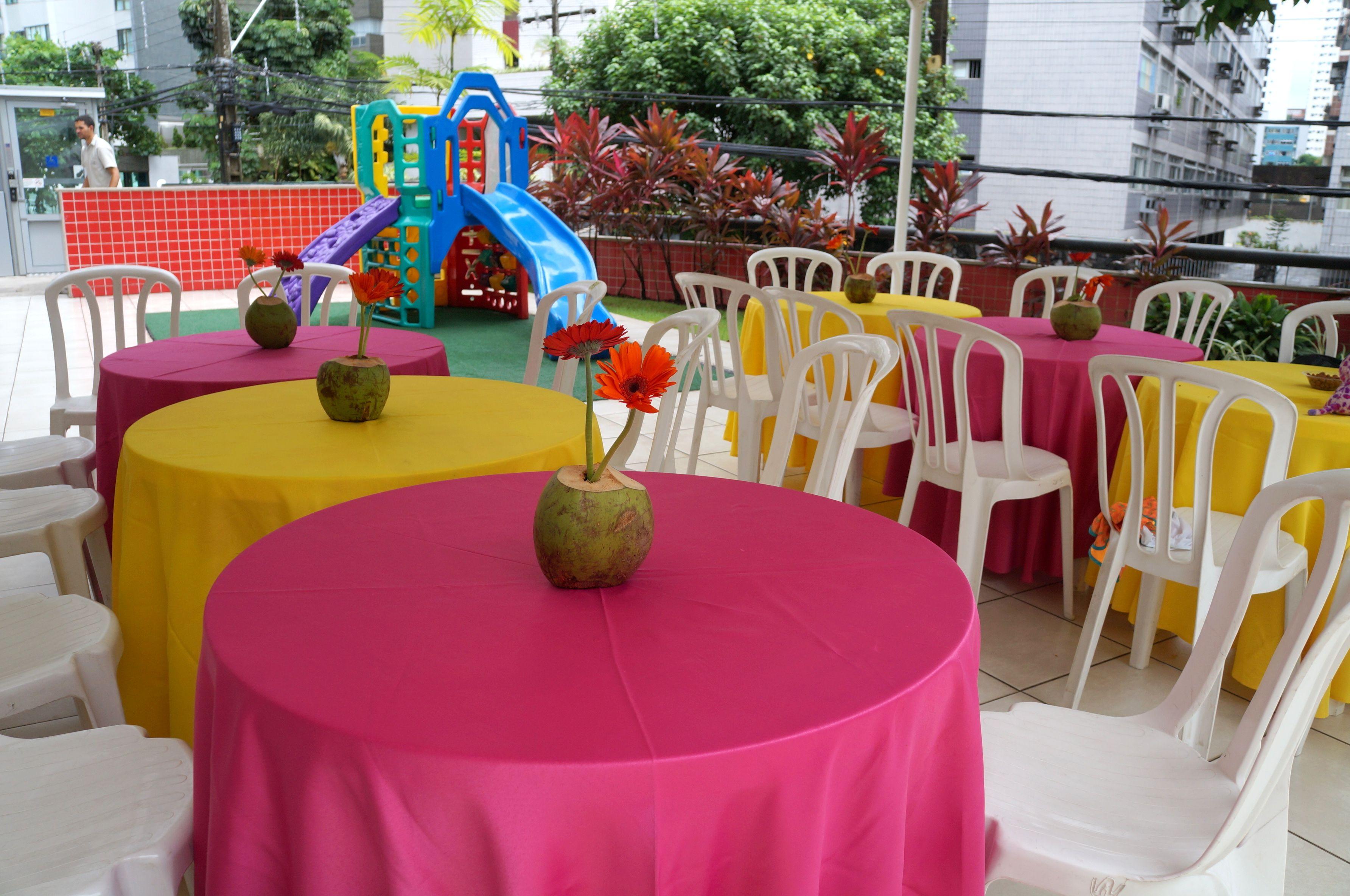 decoraç u00e3o para festa na piscina pool party Beach Ball Fiestas en la piscina, Fiestas