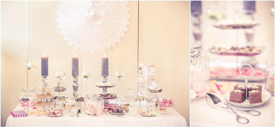Hochzeitsfeier Brautigam Tortchen Hochzeitstorte Blumen Rosa