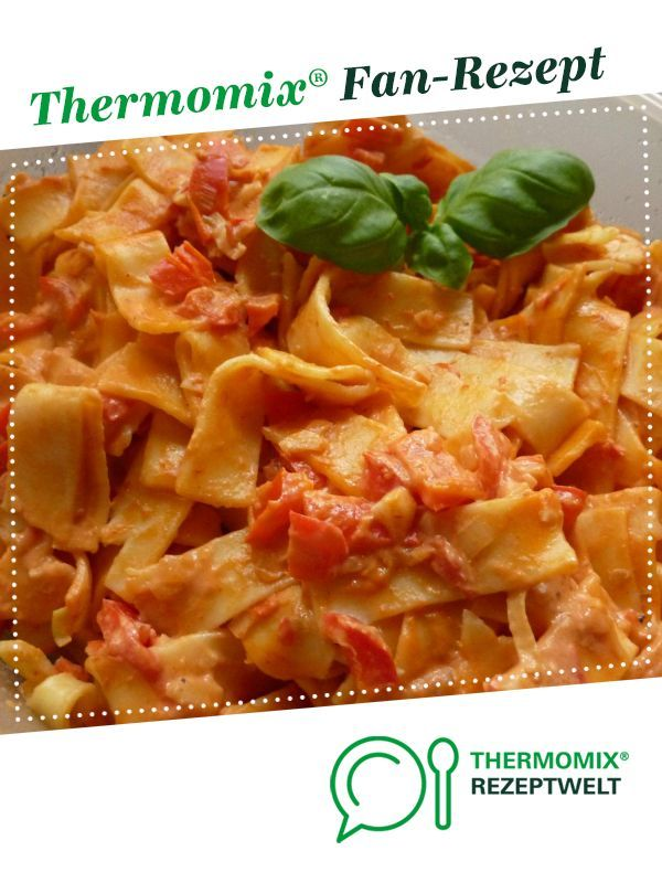 Paprika cream pasta - Paprika cream noodles from Mrs.Tom. A Thermomix ® recipe from the category oth...
