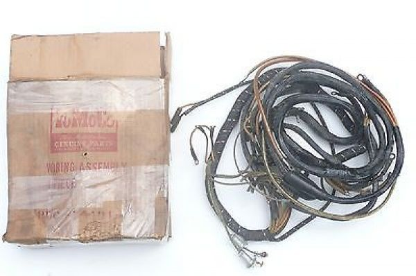 7520b68c926273d5430ee06da44c55ad 48 50 ford truck pickup f1 f6 v8 dash cowl wiring harness nos 49 Ford Wiring Harness Kits at bayanpartner.co