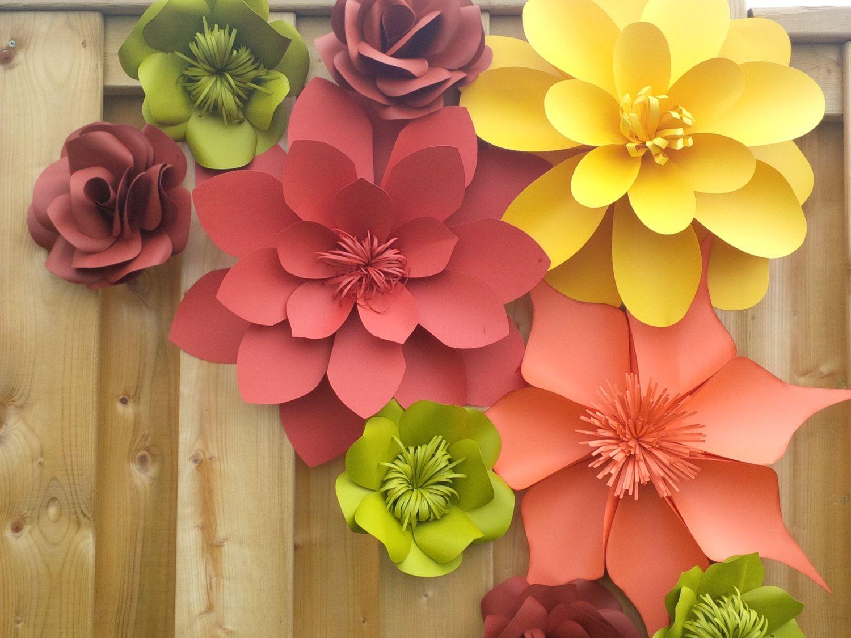 Handmade wedding decorations paper  Grupo de flores de papel para bodas u ocasiones especiales  Идеи