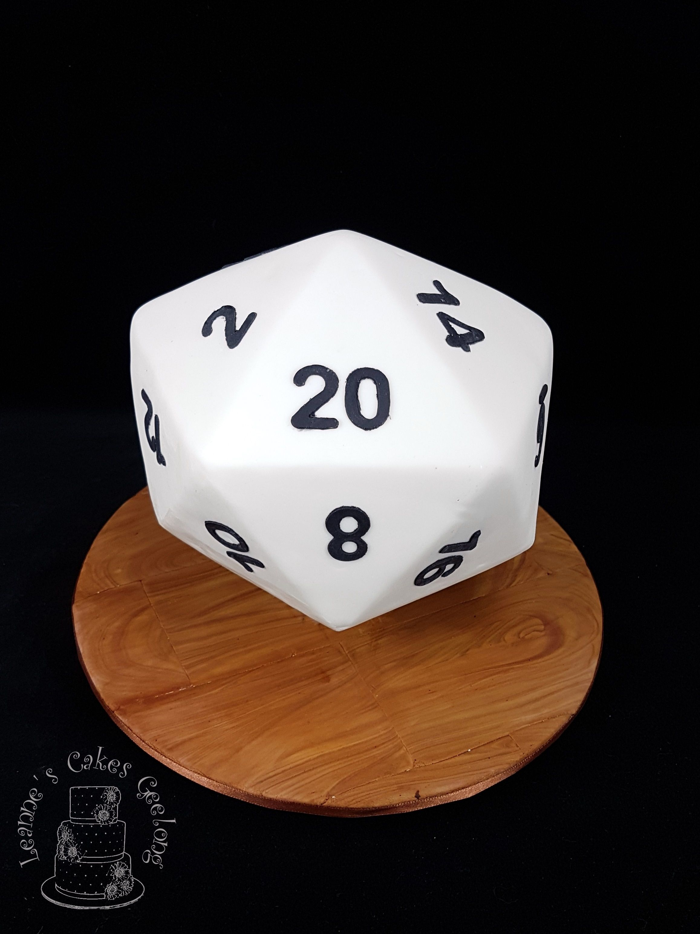 20 sided dice cake: This icosahedron was my most challenging