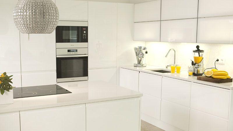valkoinen koristekivi ja keittiö - Google-haku