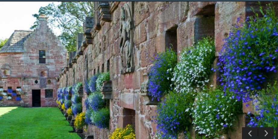 Wall and Summer House, Edzell Castle