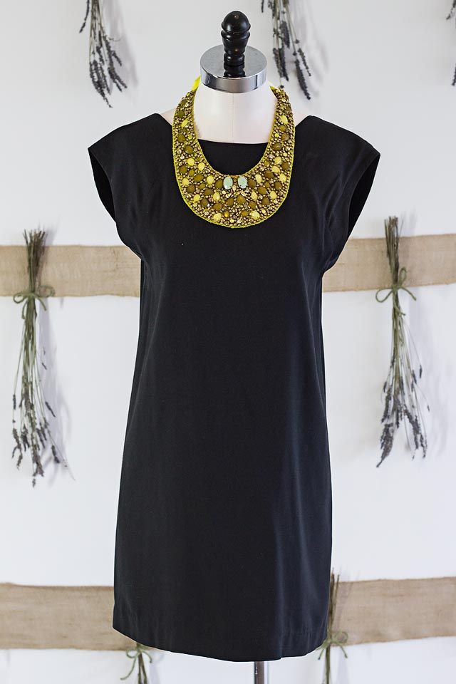 Little Black Formal And Party Dresses From Lilla Consignment Boutique In Birmingham, Alabama #Lilla #Birmingham #Alabama #PartyDress #OOTD #Consignment #Fashion #Style #Formal #LittleBlackDress