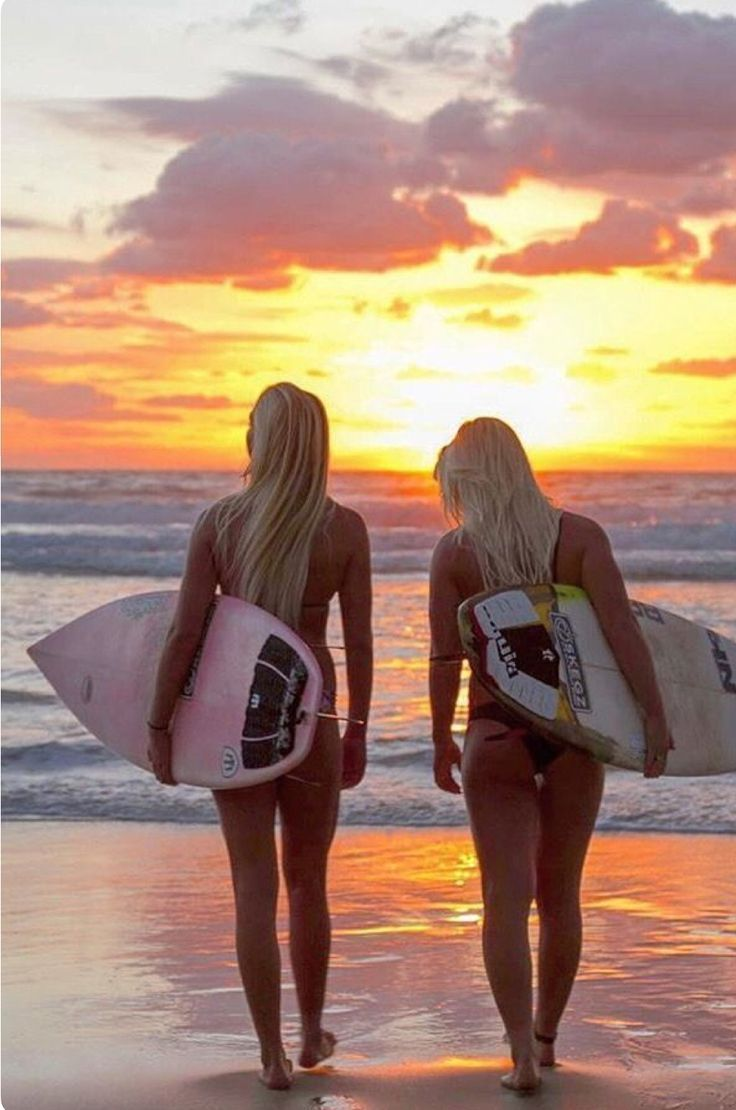 Classic instagram poser shot! No leash, no swell, on shore conditions! #KiteSurfing #surfgirls