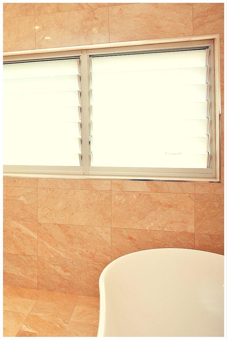 Wideline louvre windows are perfect for bathrooms as they ...