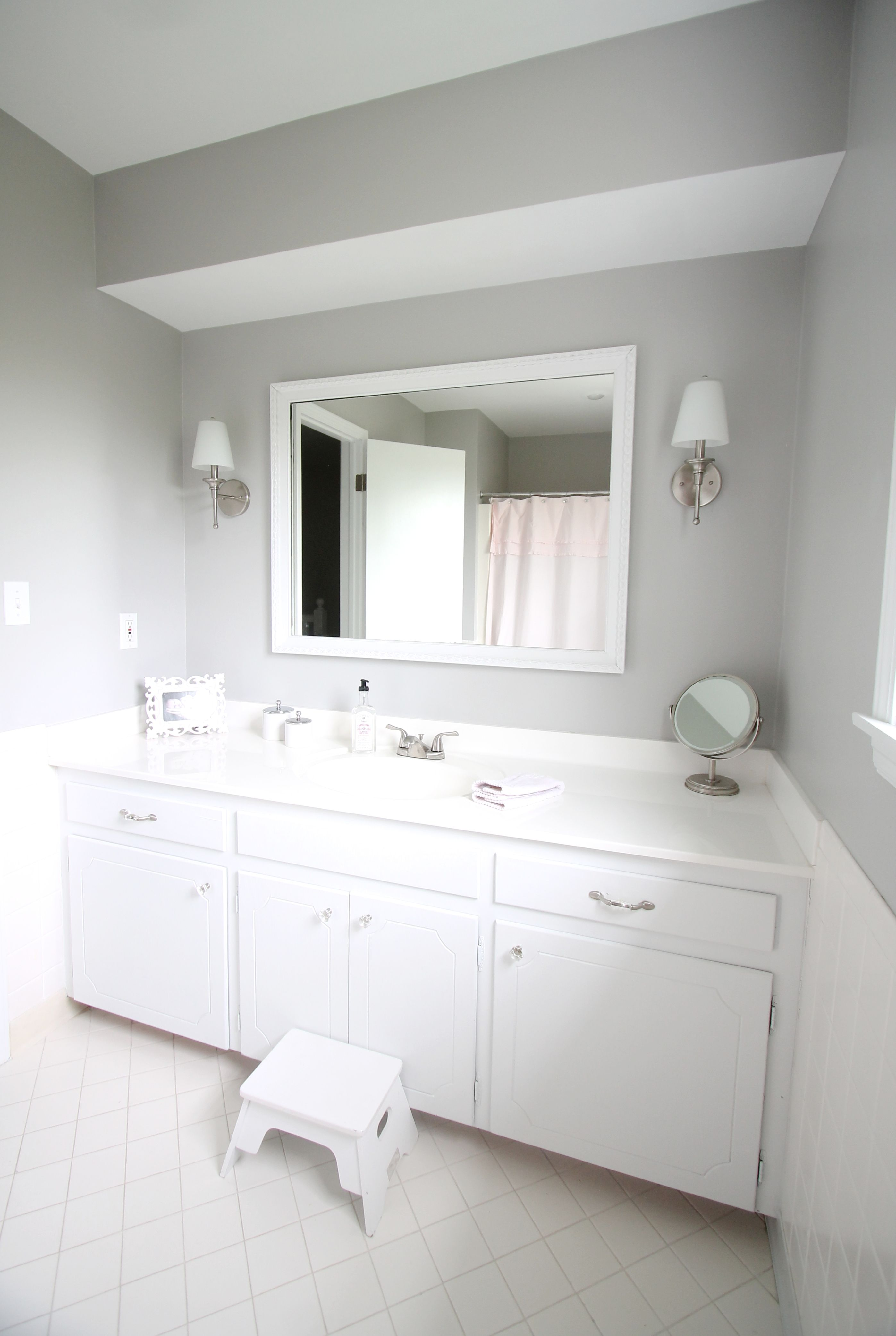 A bright beautiful bathroom redo - on a budget. Learn how to make ...