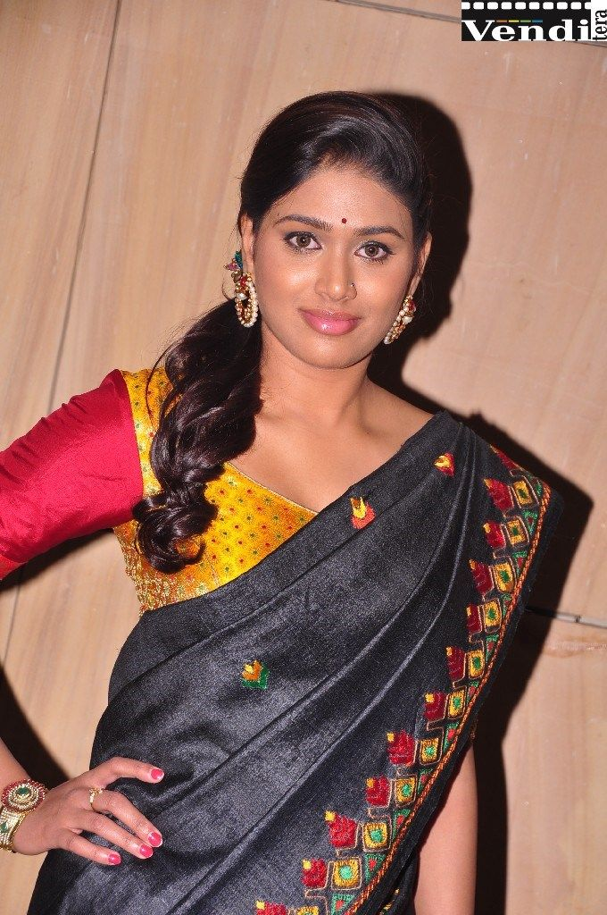 Pin By Venditera On Telugu Movie News And Actress Wallpapers