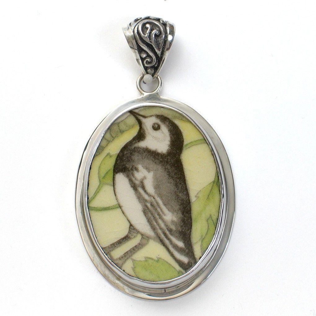 Broken China Wedgwood Garden Birds Pied Wagtail Bird Sterling Oval Pendant