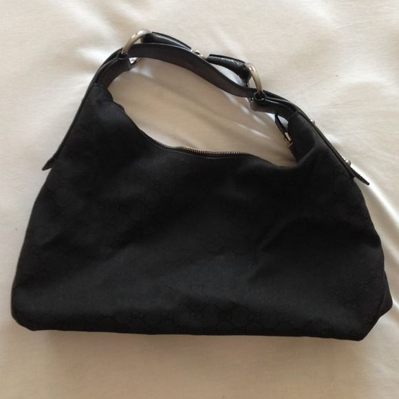 Authentic Gucci Bag Gently Used Black 500 Or Best Offer