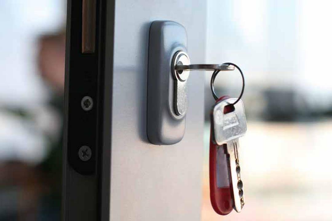 Lock Rekey Service Hialeah Fl Locksmith Services Emergency Locksmith Locksmith